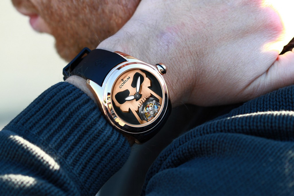 Corum-Bubble-47-Flying-Tourbillon-Skull_