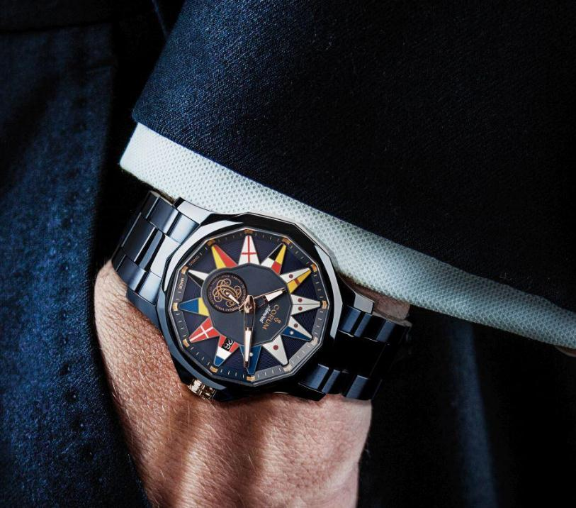 The timepiece makes the wearers very charming.