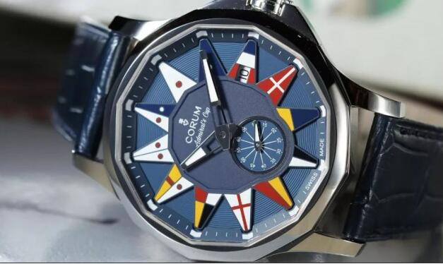 The design of the dial is inspired by the elements of the marine.
