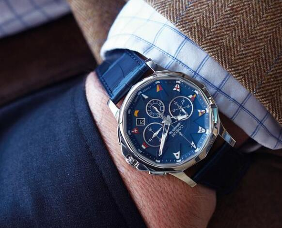 The timepiece perfectly presents men's masculinity.