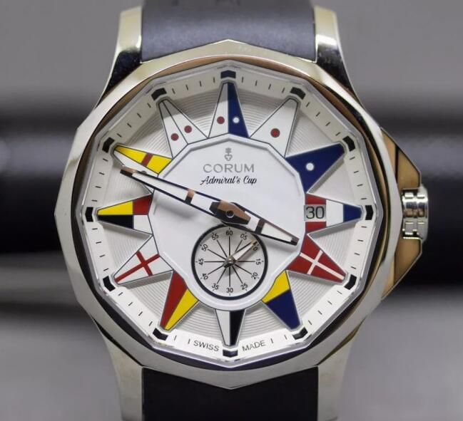 Although the theme of this Corum Admiral is the navigation, the waterproofness is not as good as other diving watches.